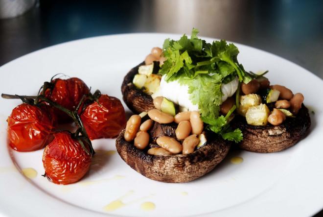 Hoán đổi các món ăn này, nguy cơ nhồi máu cơ tim giảm gần 1/5 - 1
