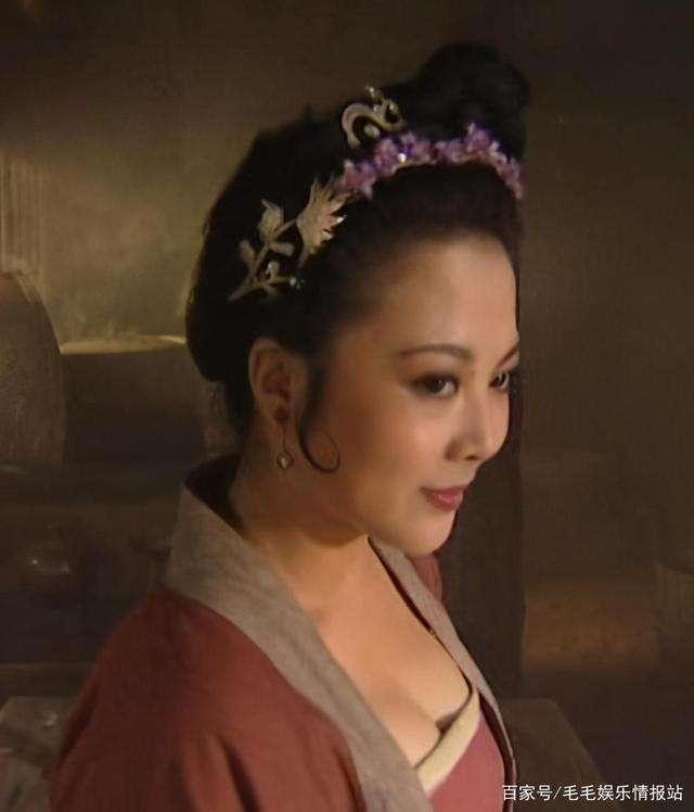 """Vũ nữ xinh đẹp vào vai """"Mẫu Dạ Xoa"""" Tôn Nhị Nương, bị truy nã khắp nơi là ai? - hình ảnh 2"""