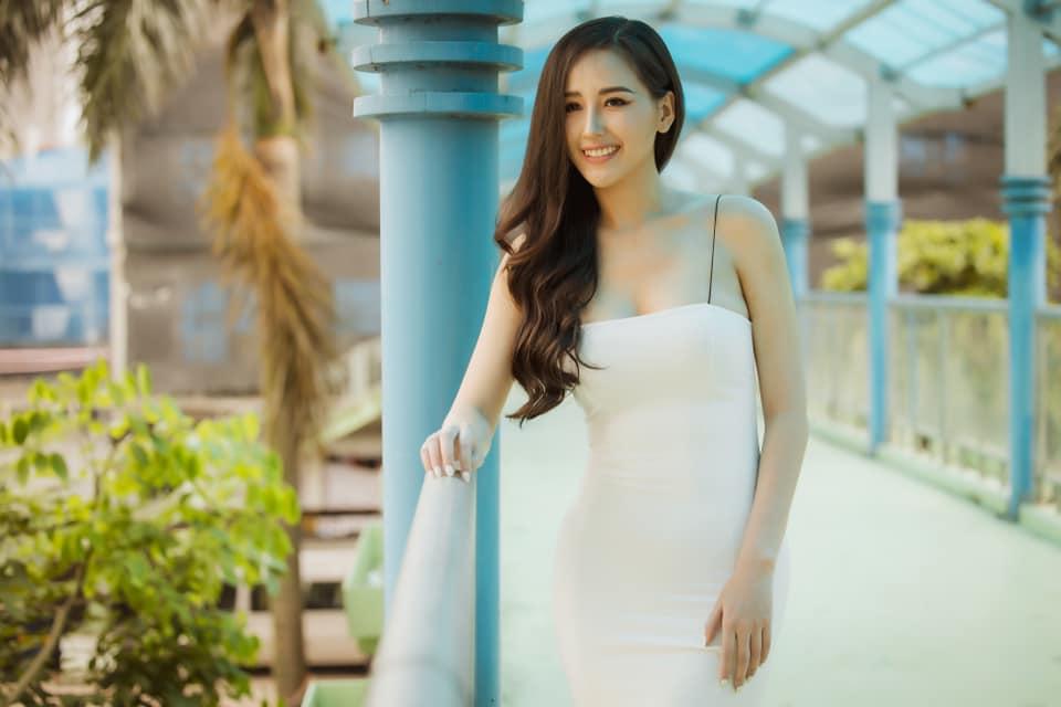 """Mai Phương Thúy từng bị chê """"mặc xấu"""" lột xác để trở thành """"Hoa hậu Việt sexy nhất"""" - 8"""