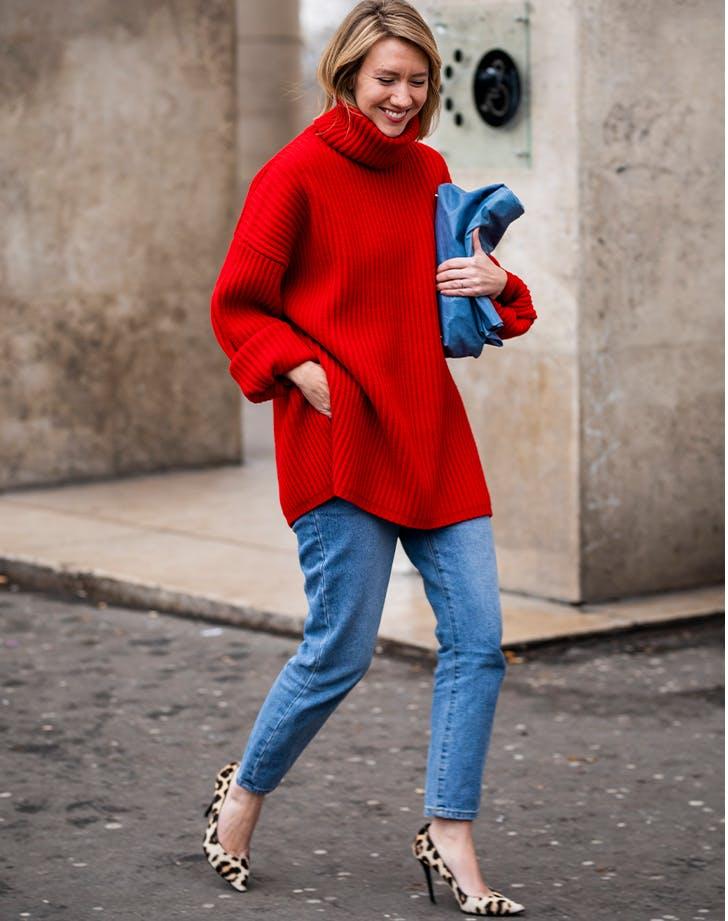 7 cách mặc áo cổ lọ cho cô nàng sành điệu mùa thu đông - 1