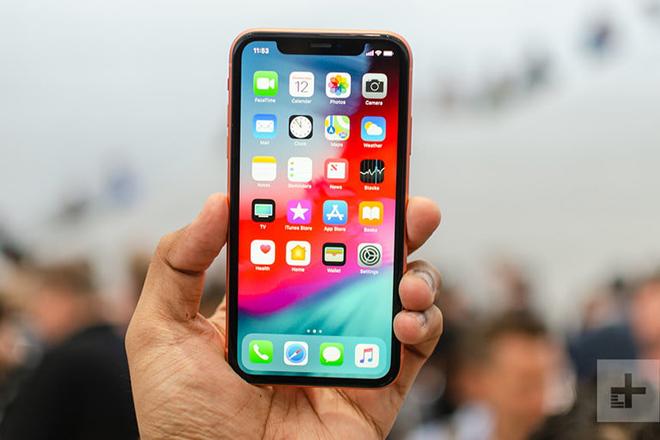 Nên mua iPhone 12 hay iPhone XR khi chênh nhau cả chục triệu? - 4