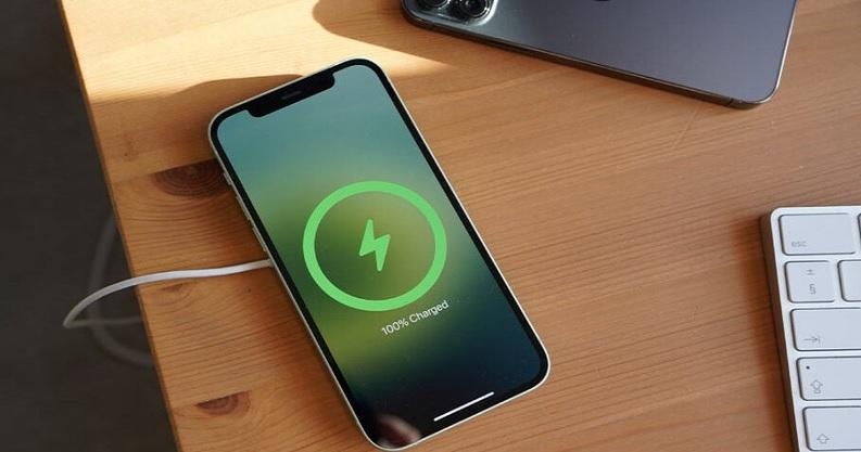 """iPhone 12 có đủ """"xịn xò"""" để iFan xuống tiền nâng cấp không cần nghĩ? - 4"""