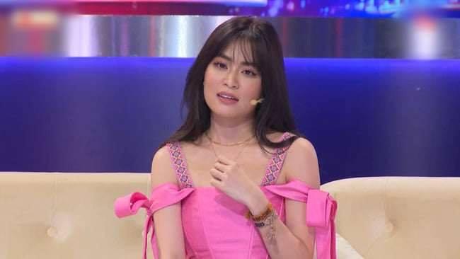 """Hoàng Thùy Linh, bạn gái tin đồn Sơn Tùng bị """"dìm hàng nhan sắc"""" trên truyền hình - 1"""