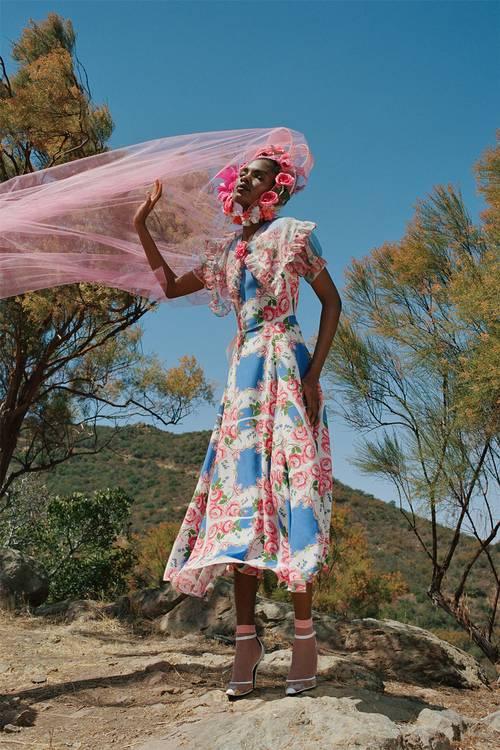 Các thương hiệu thời trang đang chạy đua với đích đến là mùa Xuân 2021 - 4