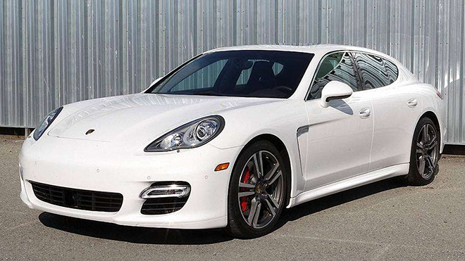 """Porsche Panamera chạy 200km rao bán lại với giá """"sốc"""" - 8"""