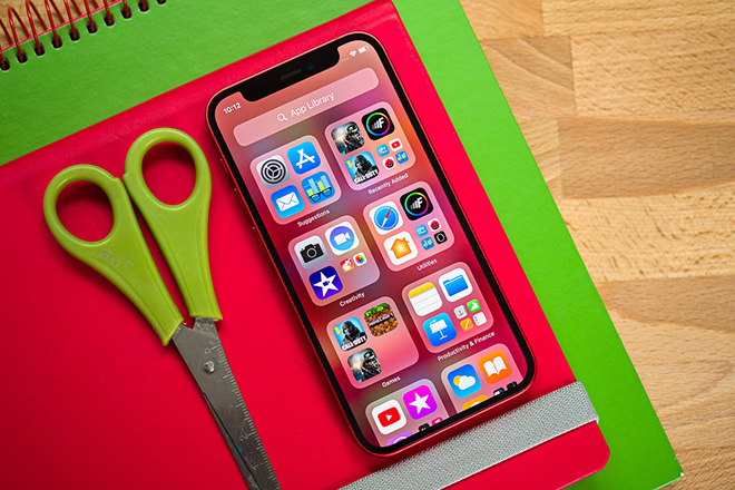 iPhone 12 Mini đích thực là smartphone bỏ túi đáng sở hữu nhất - 7