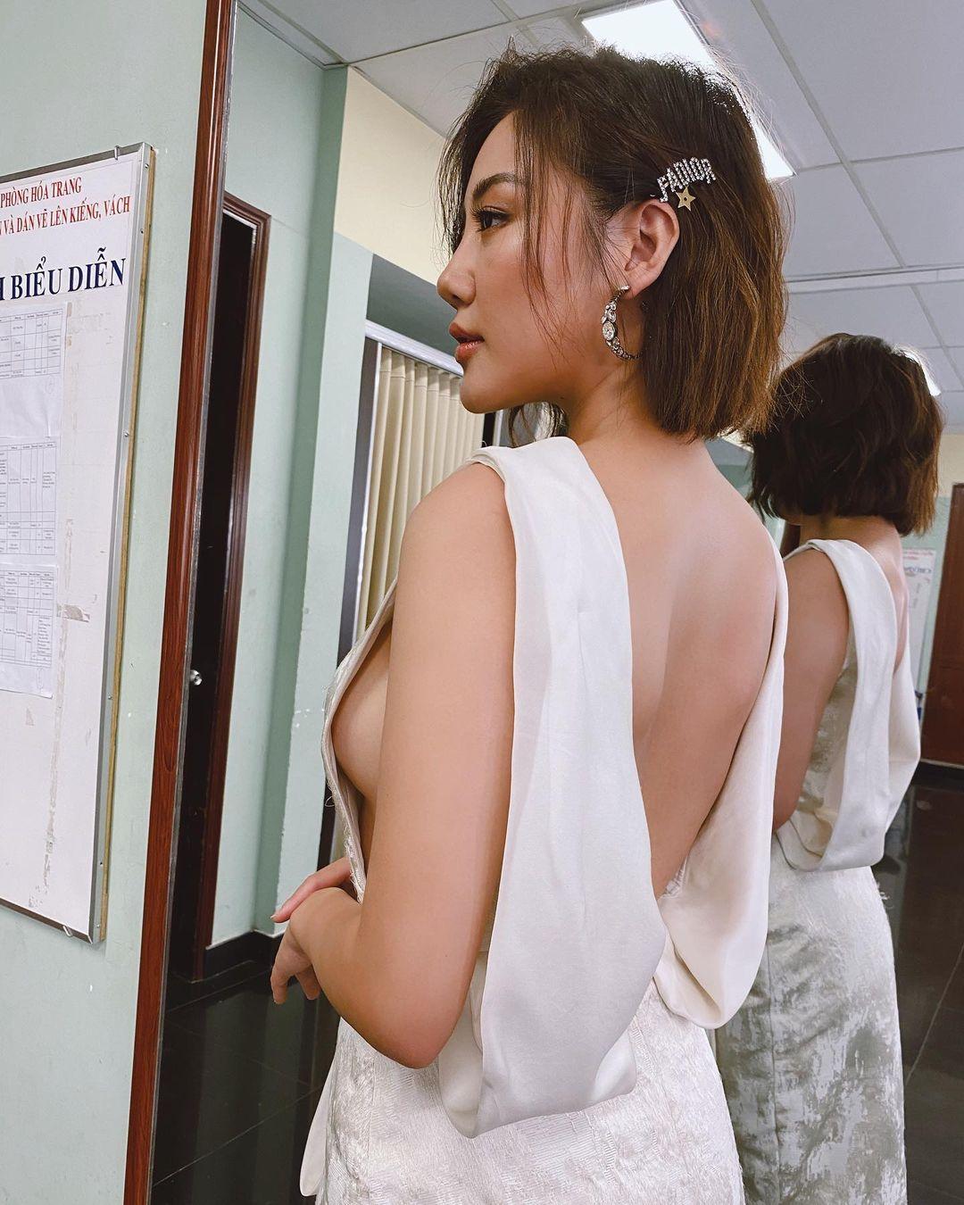 Văn Mai Hương body ngày càng tuyệt mỹ, 3 vòng căng nuột nhờ giảm cân bằng… men - hình ảnh 3