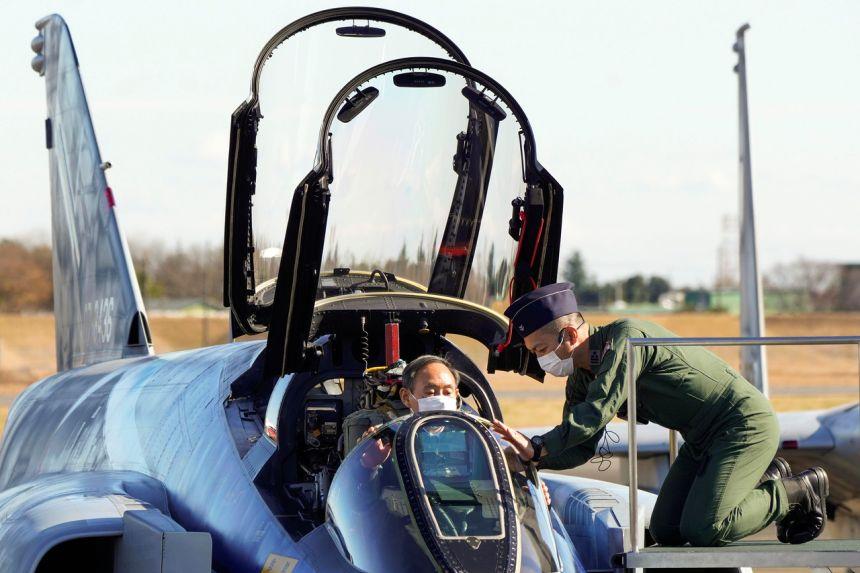 """Nhật Bản duyệt ngân sách """"khủng"""" sắm vũ khí tối tân, đối phó TQ - 1"""