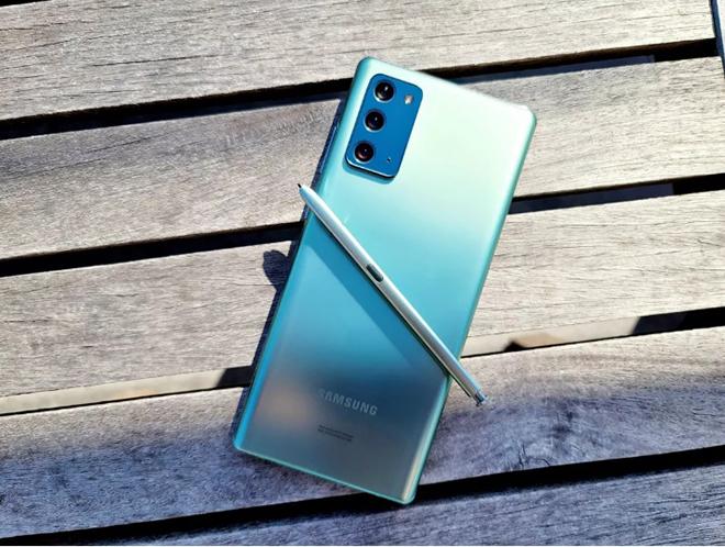 Top smartphone rực rỡ, đáng mua nhất mùa giáng sinh 2020 - 2