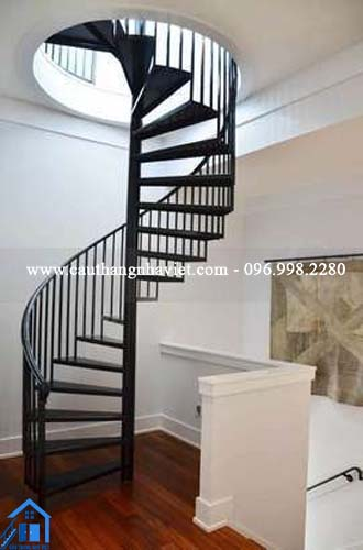 Cầu thang xoắn - Thiết kế theo xu hướng thời đại cho ngôi nhà của bạn - 1