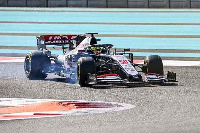 """Đua xe F1, đợt test hậu mùa giải: Alonso """"nóng máy"""" trước khi trở lại - 1"""