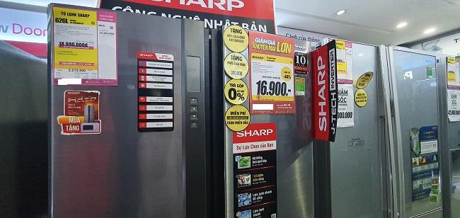 """Hàng điện máy giảm """"sốc"""" tới 50%, bất ngờ máy giặt lồng ngang chỉ từ 6 triệu đồng/chiếc - 4"""
