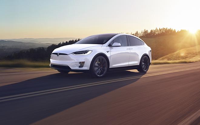 Điểm danh 10 mẫu SUV hạng sang nhanh nhất thế giới năm 2020