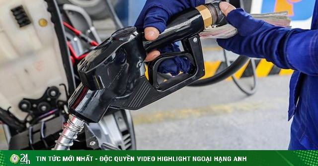 Giá dầu hôm nay 26/2: Tăng mạnh, giá xăng tại Việt Nam chiều nay như thế nào?