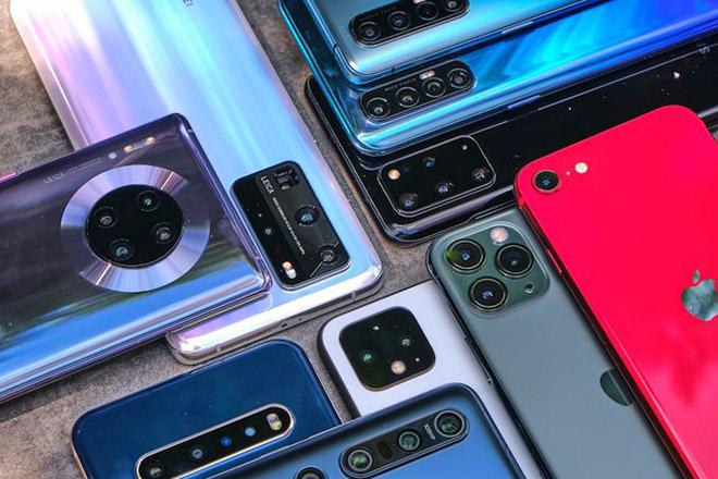 Giá smartphone cao cấp tăng chóng mặt ra sao trong năm 2020? - 1