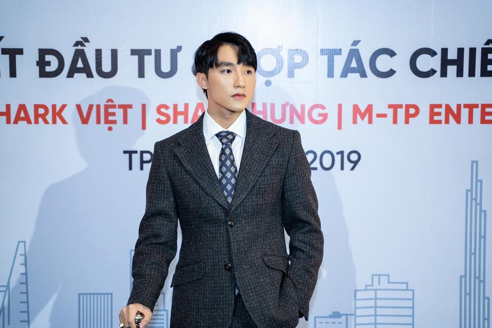 """Đại gia tuần qua: Ngoài ca hát, Sơn Tùng M-TP còn là ông chủ của công ty """"một vốn bốn lời"""" - 1"""