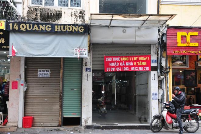 Kinh doanh ảm đạm, hàng loạt cửa hàng khu kinh doanh đắt đỏ bậc nhất Thủ đô đóng cửa, treo biển cho thuê - 4