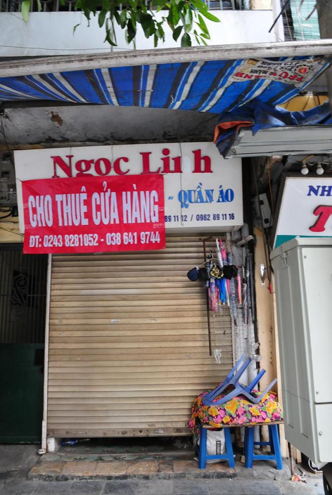 Kinh doanh ảm đạm, hàng loạt cửa hàng khu kinh doanh đắt đỏ bậc nhất Thủ đô đóng cửa, treo biển cho thuê - 7
