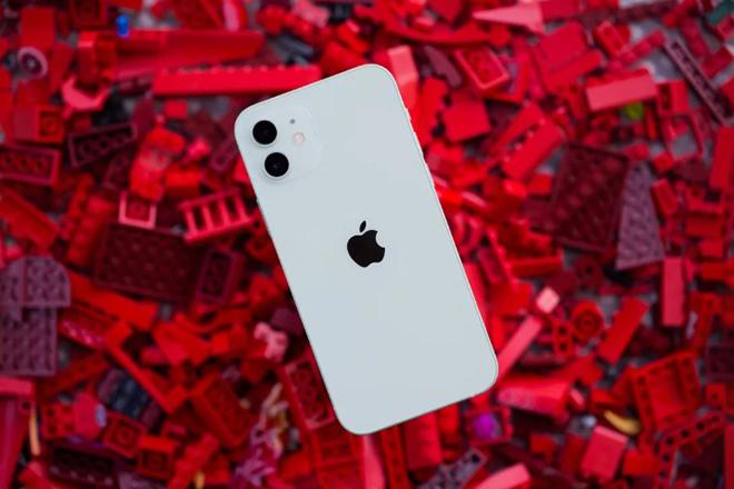 Top 5 thiếu sót đáng tiếc trên iPhone 12 - 1