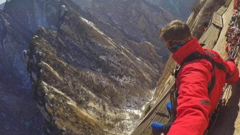 Những tour du lịch mạo hiểm đáng sợ chỉ dành cho người cực gan dạ - 3