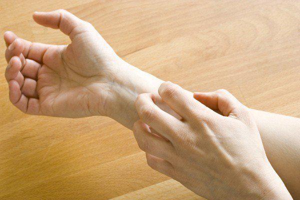 """Xuất hiện 6 dấu hiệu này cảnh báo gan đang """"kêu cứu"""" trầm trọng - 3"""