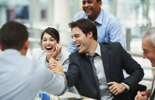 Làm gì khi bị đồng nghiệp nói xấu sau lưng? - 4
