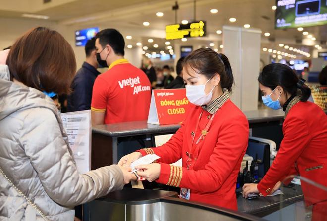 """Mở lại 7 đường bay từ 10/10, Vietjet sẵn sàng đón khách trên các chuyến bay """"xanh"""", an toàn phòng chống dịch - 3"""