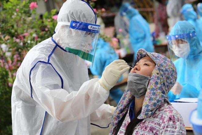 Hà Nội ghi nhận 3 ca dương tính với SARS-CoV-2 cộng đồng, tiếp tục tăng cường xét nghiệm - 1