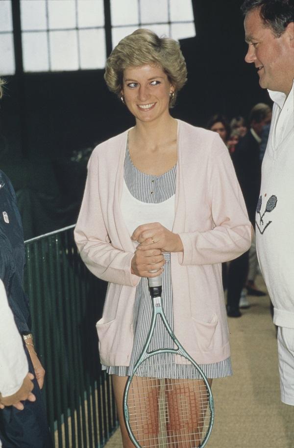 Váy tennis là ý tưởng tuyệt vời cho mùa thu - 3