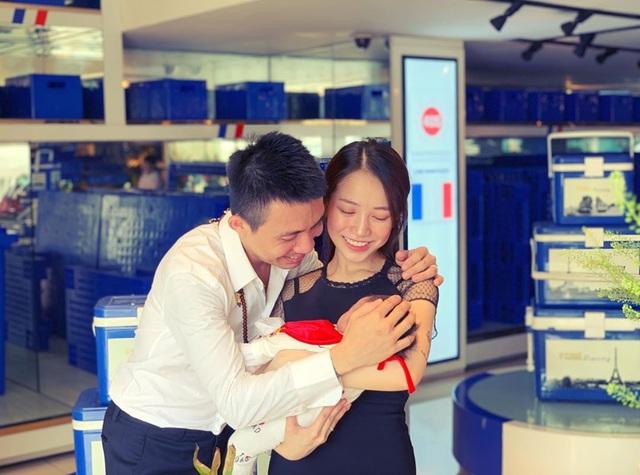 """Sao """"lên chức nội - ngoại"""": Phi Nhung """"lão hóa ngược"""" vẫn chưa bằng """"vợ cả Bá Kiến"""" - 13"""