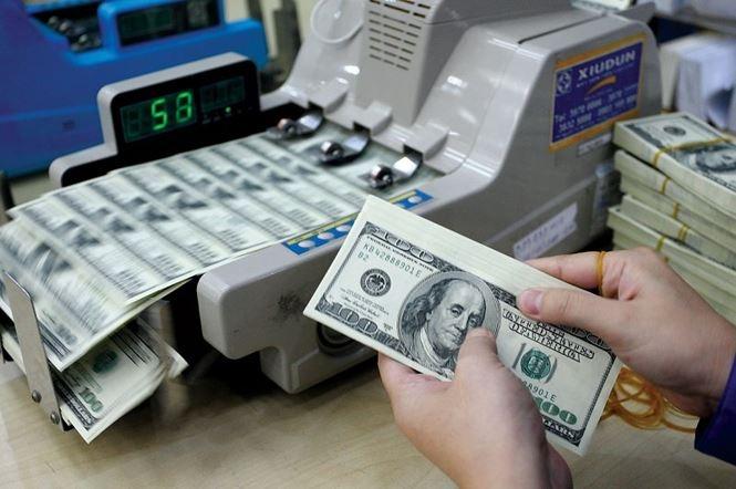 Tỷ giá USD hôm nay 13/10: Tăng mạnh lên mức cao nhất trong một năm qua - 1