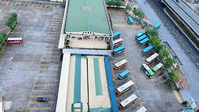 Bất ngờ hình ảnh bến xe khách ở Hà Nội sau khi vận tải hành khách được mở lại - 2