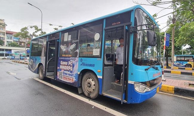 Bất ngờ hình ảnh bến xe khách ở Hà Nội sau khi vận tải hành khách được mở lại - 6
