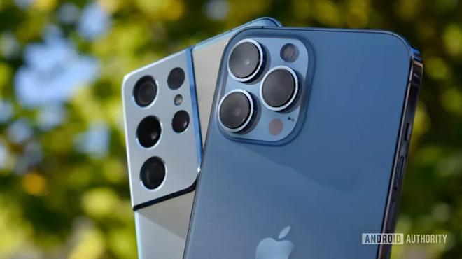 So kè camera iPhone 13 Pro Max và Galaxy S21 Ultra